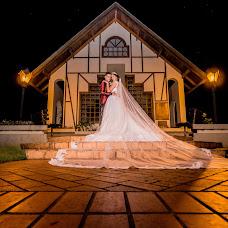 Wedding photographer Huan Mehana (cafecomleite). Photo of 17.12.2017