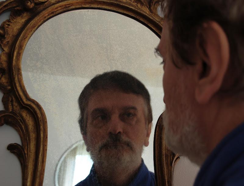 Ricordi appannati come uno specchio antico di Inazur