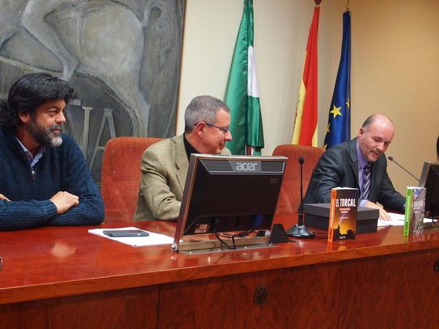Presentacion en Sevilla del libro El Torcal de Juan Ignacio Amador Tobaja
