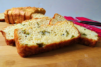 Photo: Jalapeno Cheese Quick Bread - A moist yogurt based quick bread full of jalapenos and cheese.  http://www.peanutbutterandpeppers.com/2012/11/18/jalapeno-cheese-bread-weekly-recap-thanksgiving-recipes/  #quickbread   #jalapeno   #cheese   #yogurt   #bread   #healthyrecipes