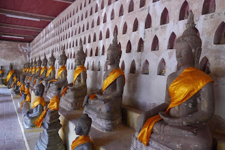 Photo: Plenty of Buddha statues found at all four walls encircling Wat Sisaket