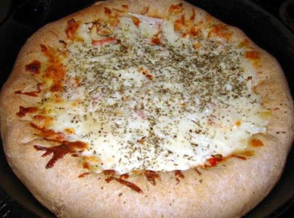 Homemade Stuffed Crust Pizza Recipe