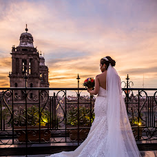 Wedding photographer Cintya Díaz (cinsanphoto). Photo of 31.10.2017