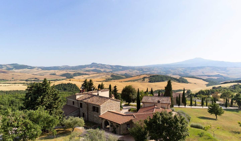 Villa with garden Sarteano