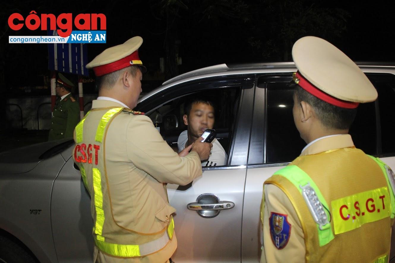 Hầu hết các tài xế đều chấp hành nghiêm Nghị đinh 100