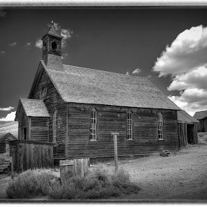 church1b&w.jpg