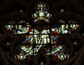 Photo: Detail 12 - Stained glass window West front Hereford Cathedral - 1902
