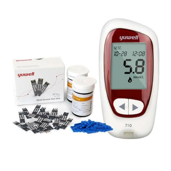 5. Yuwell เครื่องตรวจวัดระดับน้ำตาลในเลือด รุ่น Accusure 710