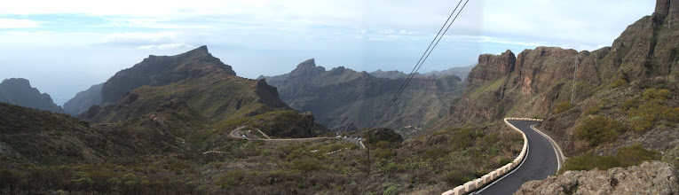 Photo: The view of the Teno Massif from the pass above Santiago del Teide, looking towards Masca. The road is fun, especially for people of a nervous disposition or those who suffer from travel sickness!