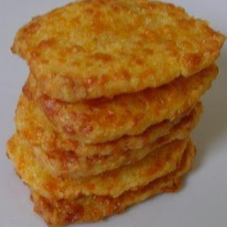 COOL CHEESE CRACKERS (SALLYE)