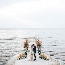 Wedding photographer Artem Dvoreckiy (Dvoretskiy). Photo of 05.07.2017
