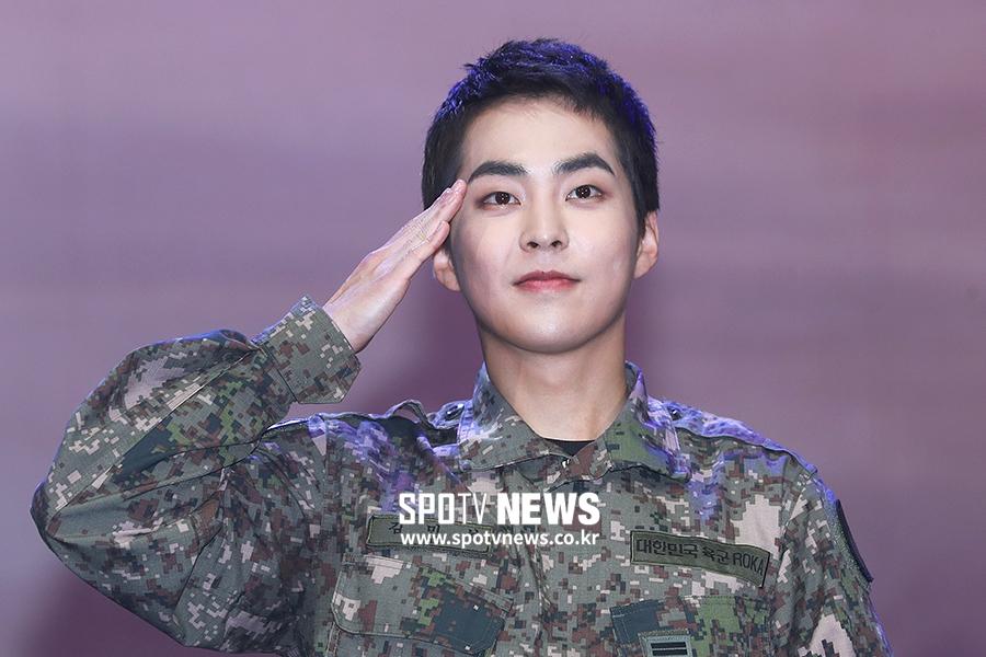 exo xiumin 2019 army 1