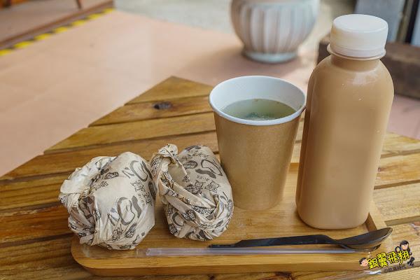 豆寶寶五彩豆漿-文青風格小屋新鮮手作的阿嬤家的飯糰、麥香奶茶!