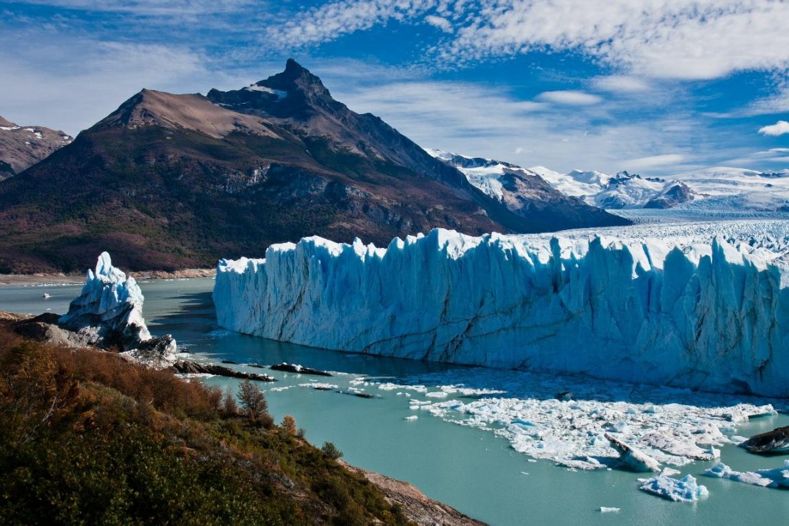 Лледник Перито-Морено в национальном парке Лос-Гласиарес в Патагонии