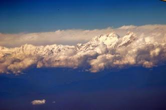 Photo: Anflug nach Nepal, erster Himalaya Blick