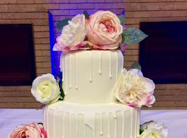 White drip wedding cake