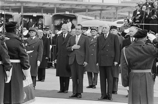 Richard Nixon and Charles DeGaulle