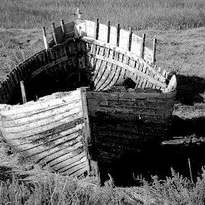 boat b&w sh.jpg