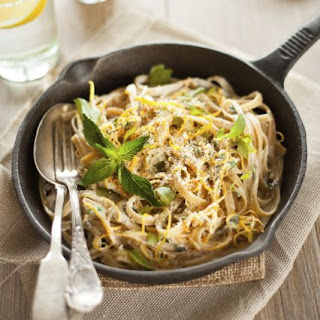 Linguine with Pancetta, Peas and Mint