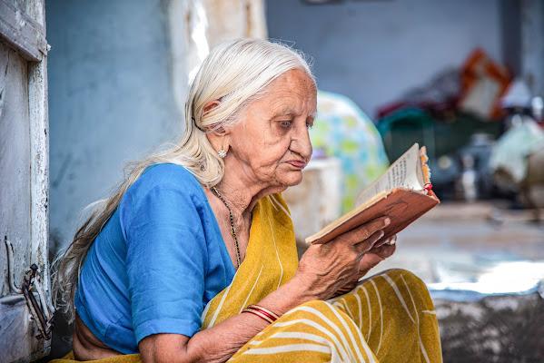 Chi non legge, a 70 anni avrà vissuto una sola vita: la propria! di tonino_de_rubeis