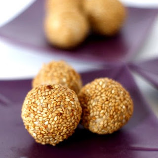 Mini Sesame Seed Balls