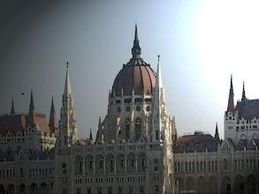 Photo: Parlament zza Dunaju 2 - pędzel
