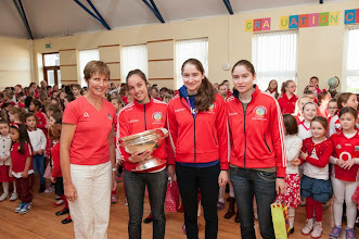 Photo: Mary Lucey, principle of Our Lady of Lourdes NS, Ballinlough welcomes the O'Duffy Cup and former pupil Julia White and her team mates Pamela and Katrina Mackay. Photo: Rob Lamb +353214293714Free Photo: NO REPRO FEE