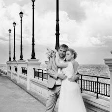 Wedding photographer Tatyana Tuzova (TAGRI). Photo of 03.09.2013