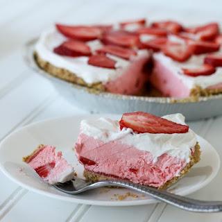 Strawberry Creamsicle Pie.