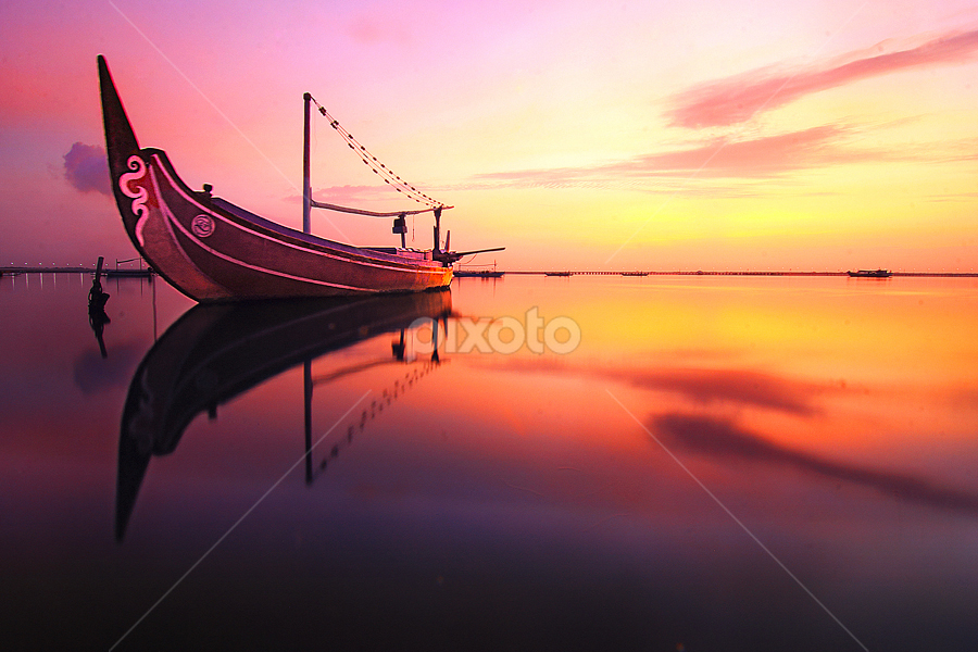 the jukung by Nghcui Agustina - Transportation Boats