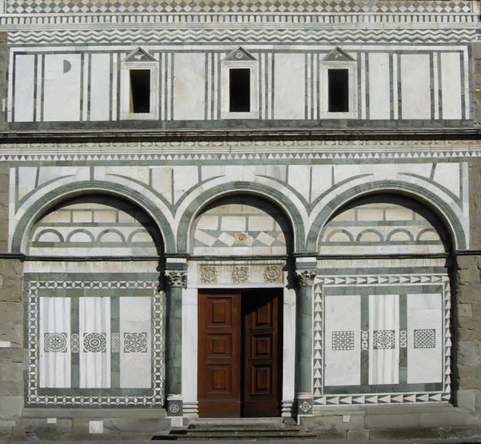 Facciata della Badia Fiesolana (particolare), San Domenico, Fiesole