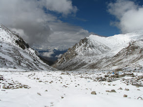 Photo: Chang La, world's third highest motorable road