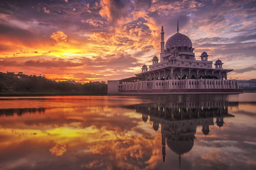 Masjid Putra, Putrajaya 1/2/34H  by Fadly Hj Halim - Landscapes Sunsets & Sunrises ( building, mosque, putrajaya, sunrise, waterscapes )