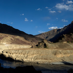 In the Valley of the Indus - Ladakh by Rohit Chawla - Landscapes Mountains & Hills ( himalaya, cosurvivor, india, valley, ladakh, indus )