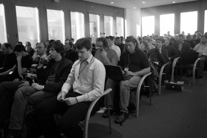 Photo: The audience waits for the Android Code Day in Munich to begin.
