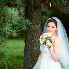 Wedding photographer Ekaterina Dyakova (EkaterinaDyakova). Photo of 08.04.2017