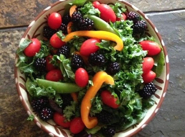 Kale & Spring Mix Toss Salad Recipe