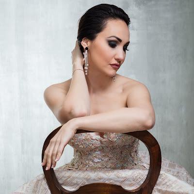 Talking with singers: Cristina Pasaroiu