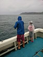"Photo: 一年ぶりの親子でのご乗船""タケダ親子さん""。 雨ニモ負ケズ・・・いや、負けそう!"