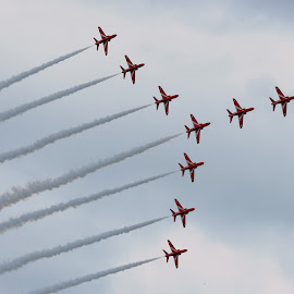 Formation by Quel Mirhan - Transportation Airplanes ( red, pilots, airplanes, jet fighter, smoke, skyscape )