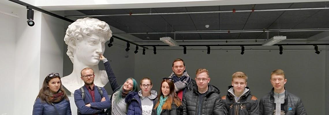 """Erasmus+ tarpmokyklinio strateginės partnerystės projekto """"Profession challenge in Europe"""" EPMC komanda svečiavosi Latvijoje"""