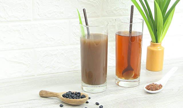 Nước đậu đen và nước gạo lứt – 2 loại nước đẹp da tốt cho sức khỏe dành cho cả gia đình