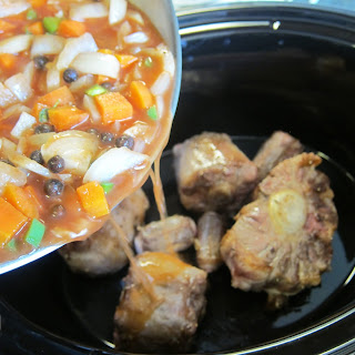 Slow Cooker Caribbean Oxtails Recipe
