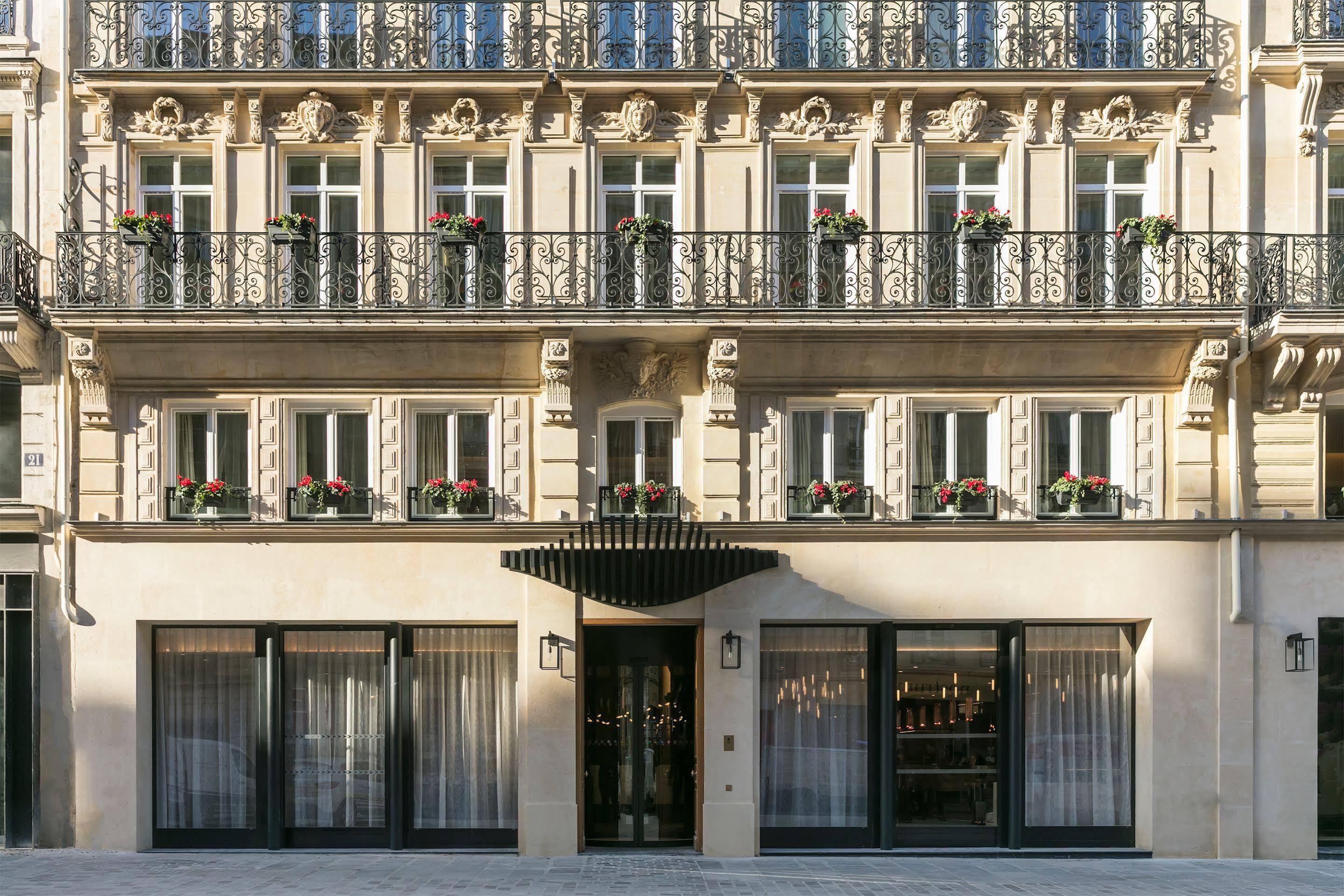 Maison Albar Paris Celine