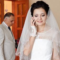Wedding photographer Vitaliy Bartyshov (Bartyshov). Photo of 29.12.2013