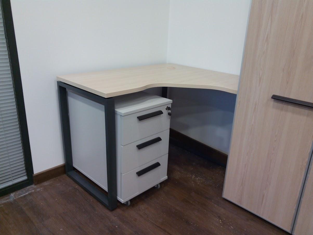 Мобильная тумба с замком - Модульная офисная мебель, Металлические каркасы столов, Мебельные опоры ✆ 0679245444