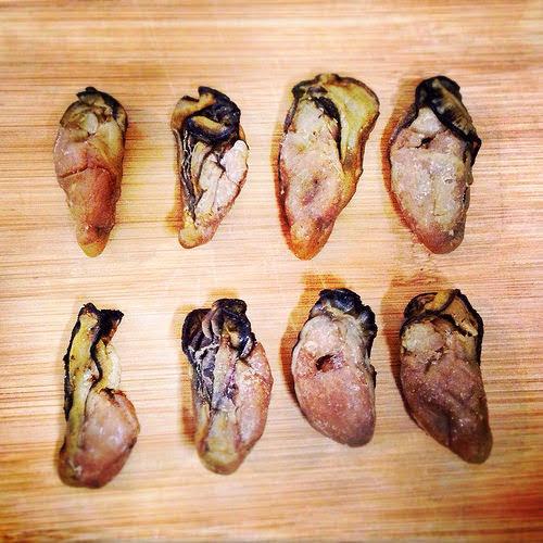 Black Sea Moss, braised, cantonese, chinese new year, dried mushroom, Dried Oysters, fat choy, feast, Roast Pork, 燒肉, 燜, 蠔豉, 髮菜, 好市發財