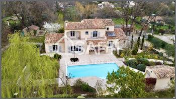propriété à Châteauneuf-Grasse (06)