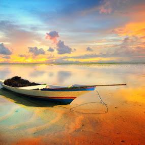 Quite Morning by Alit  Apriyana - Transportation Boats
