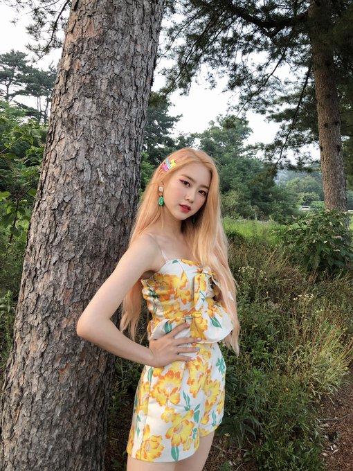 jiho blonde 38